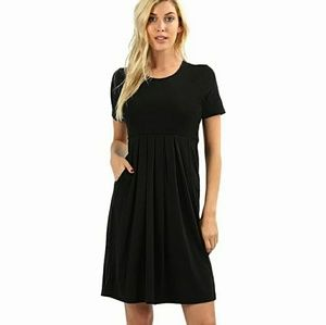 🆕⭐ Black simple pocket dress⭐